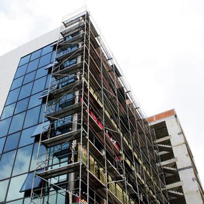 Montiranje ramovskih fasadnih skela